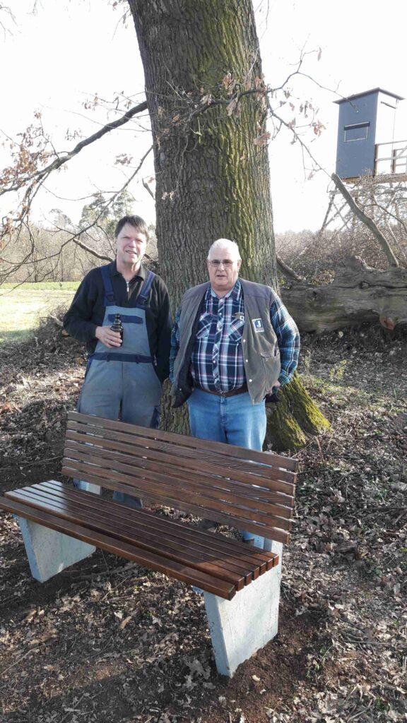 Naturdenkmal 3 Eichen - Parkbank