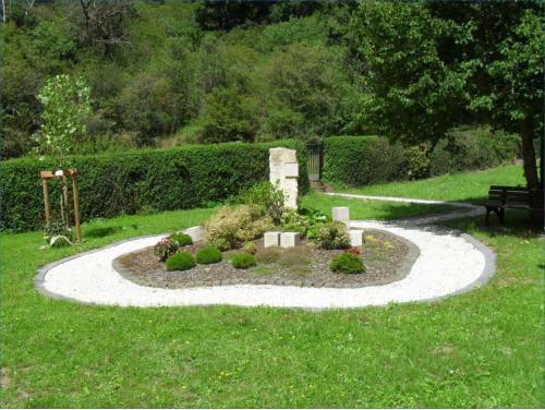 Friedhofs-Neugestaltung
